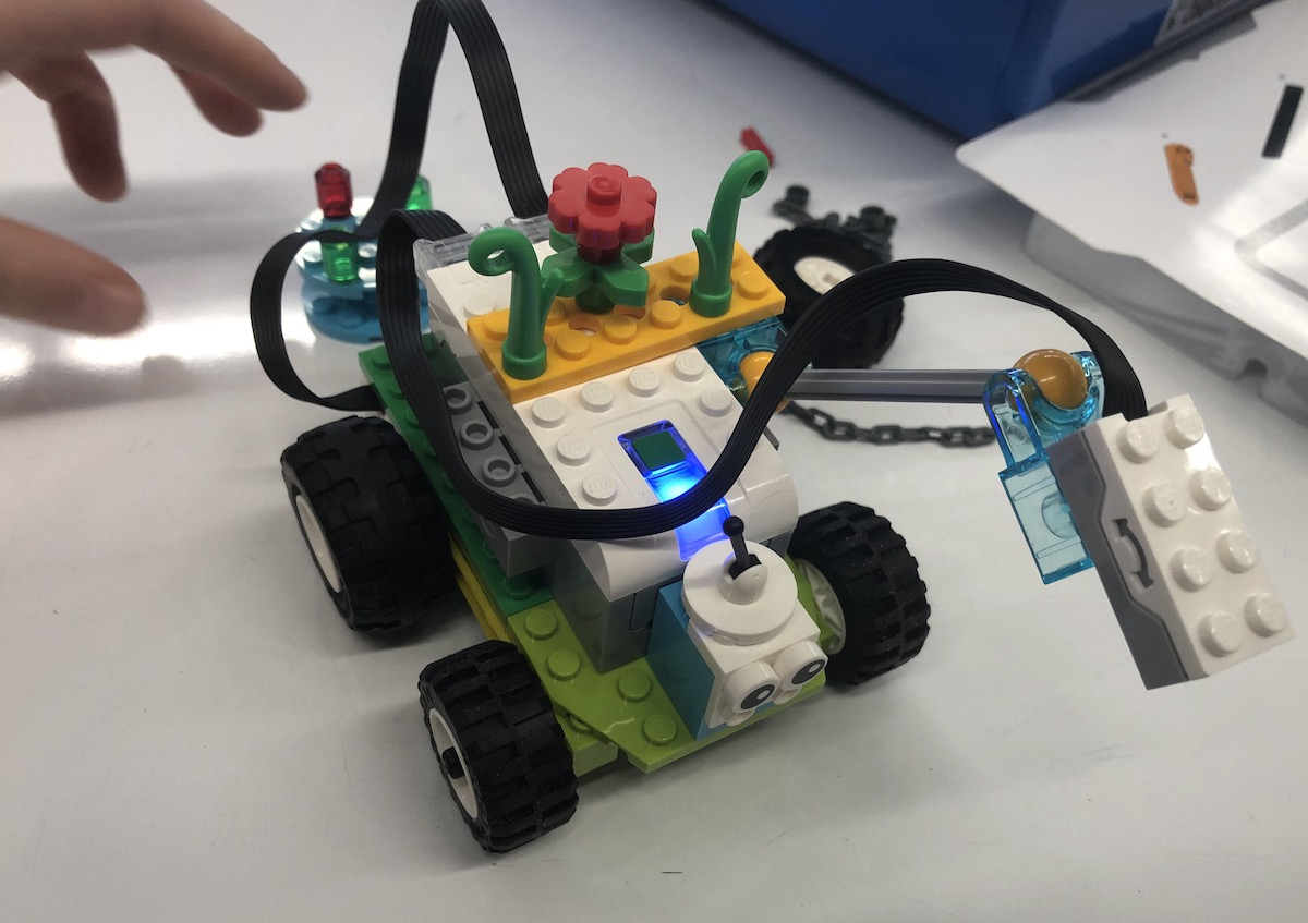 Closeup of WeDo 2.0 Car